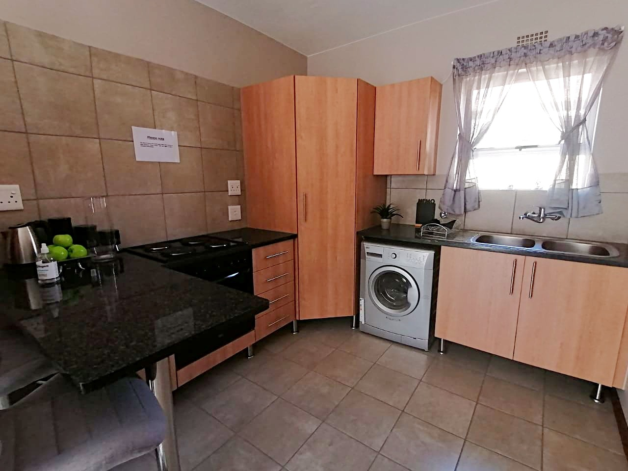 Apartment For Sale in Kosmosdal