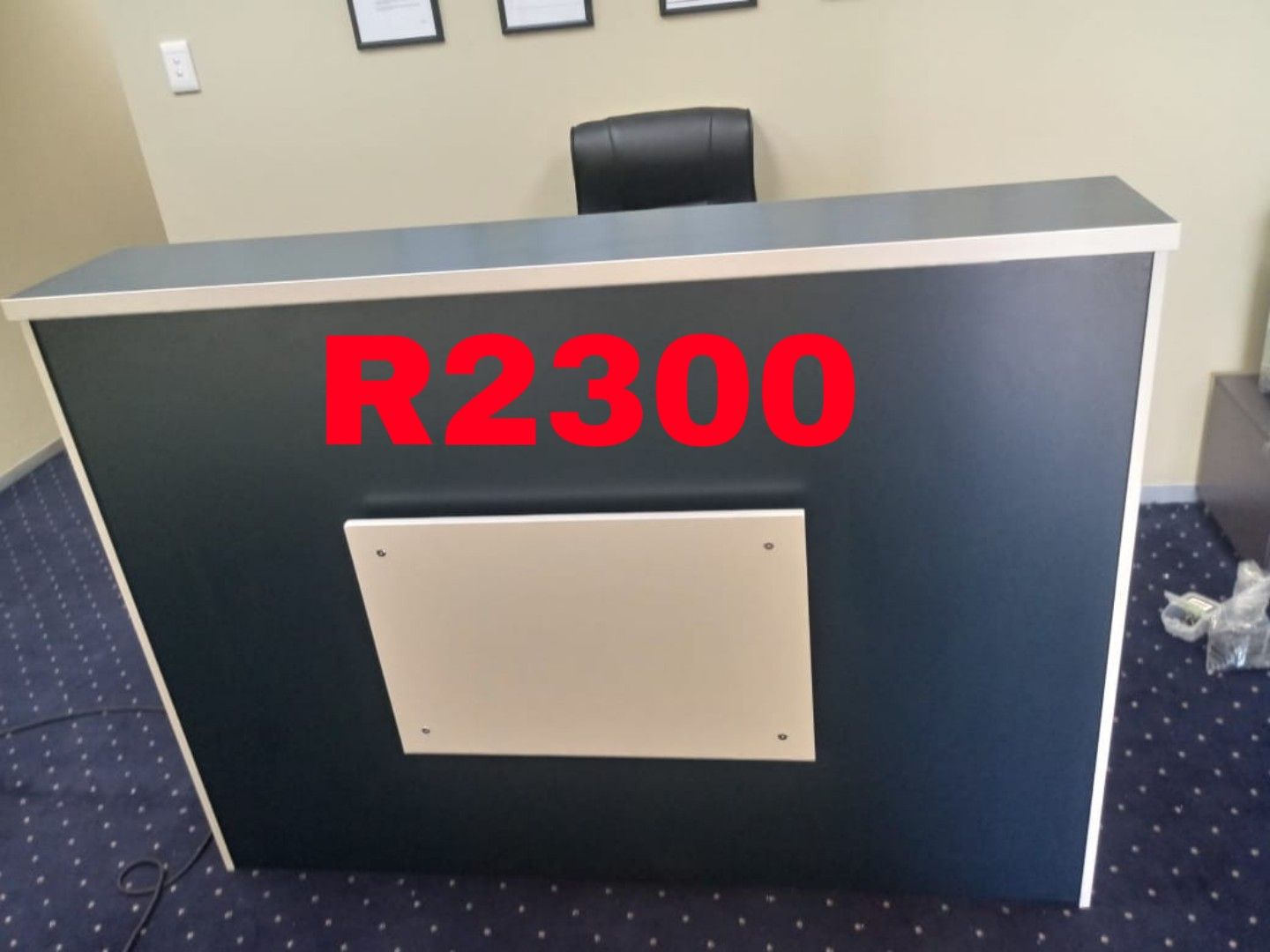 reception desks available in a variety of sizes