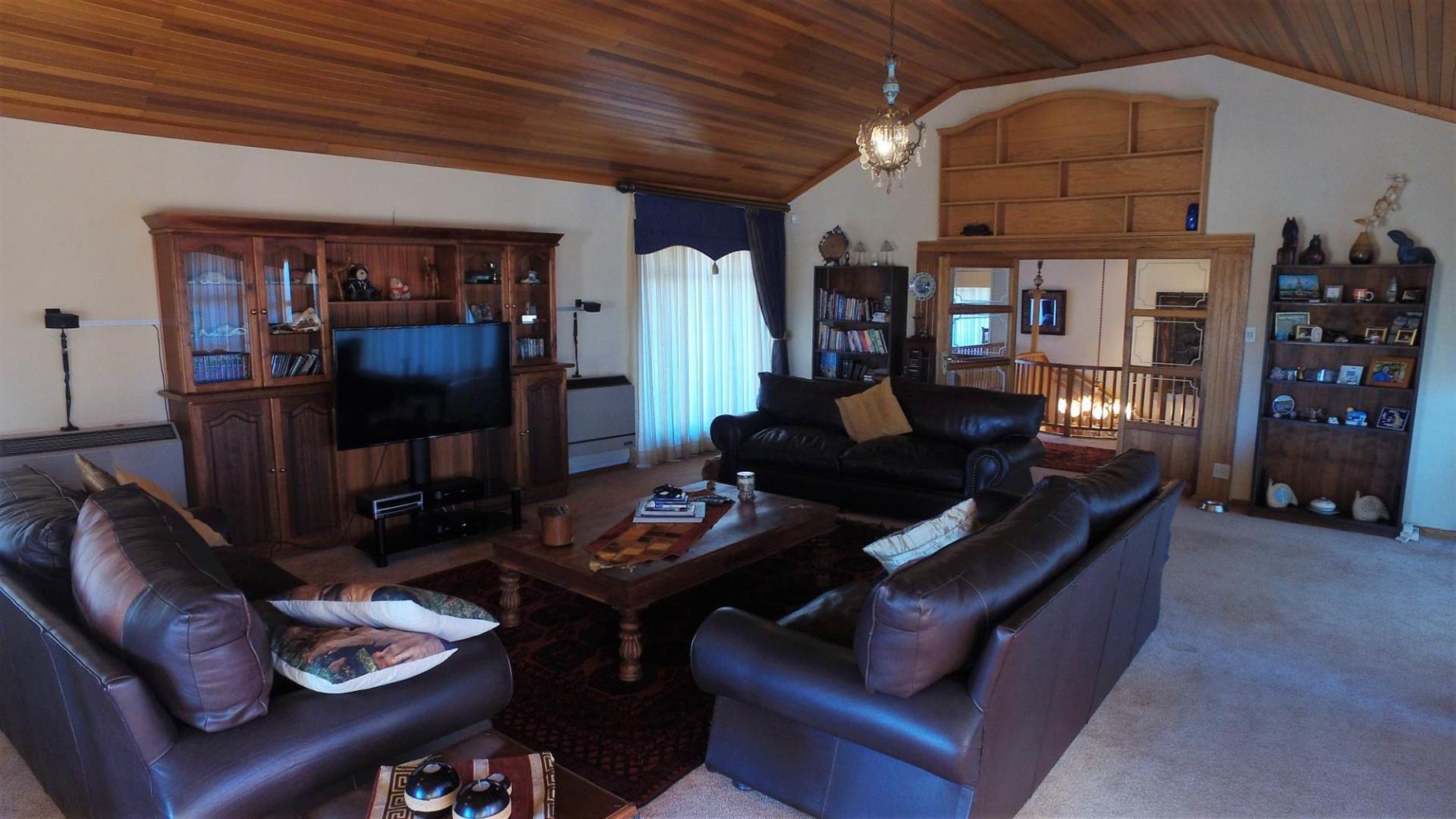 House For Sale in DAN PIENAAR
