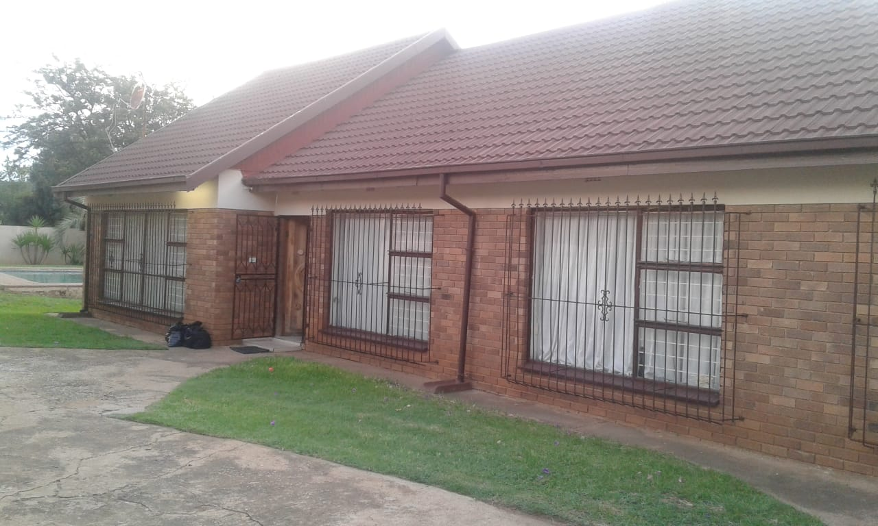 3 bedroom Greenfield home for sale