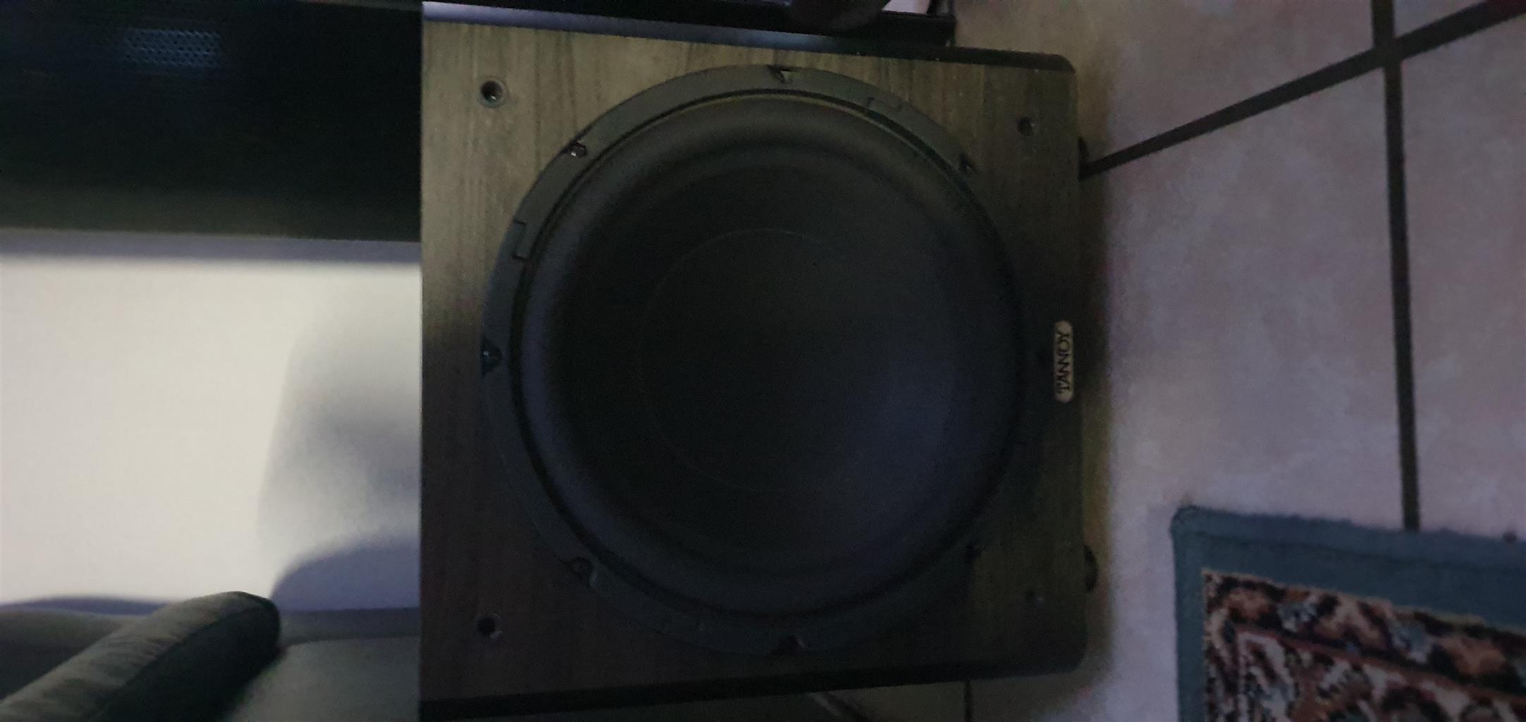 Marantz Amp with 2 powerd subs