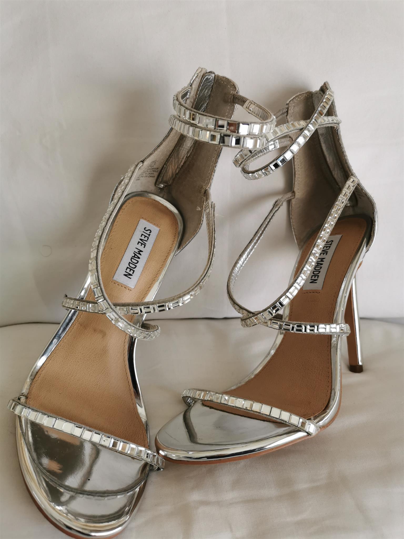 Silver heels size 38 (5)by Steve madden