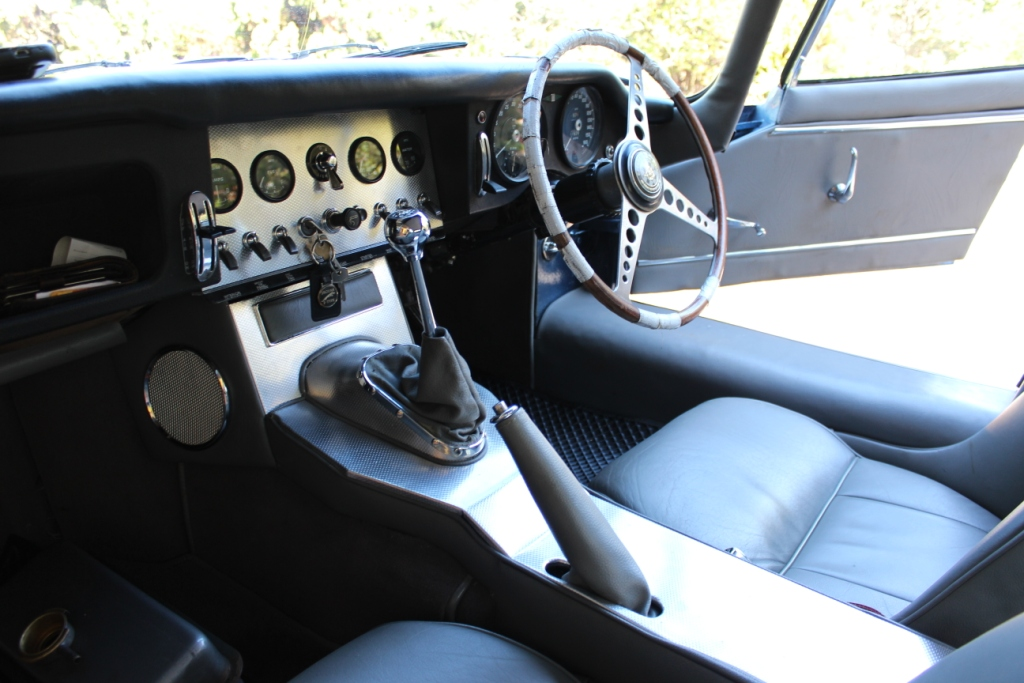 3.8 E Type sports Car