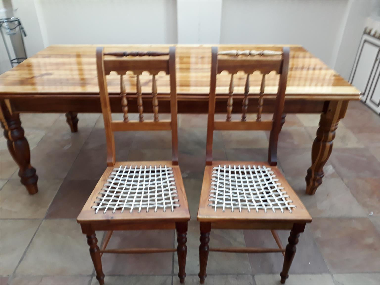 8 Seater Blackwood Dining Room Table And 2 Riempie Chairs