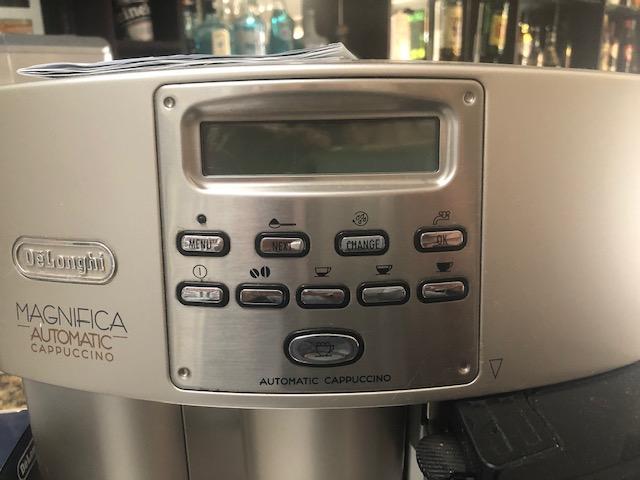 Delonghi Magnifica Automatic cappuccino machine