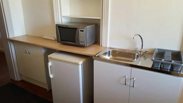 Malmesbury Semi furnished flat to rent immediately available