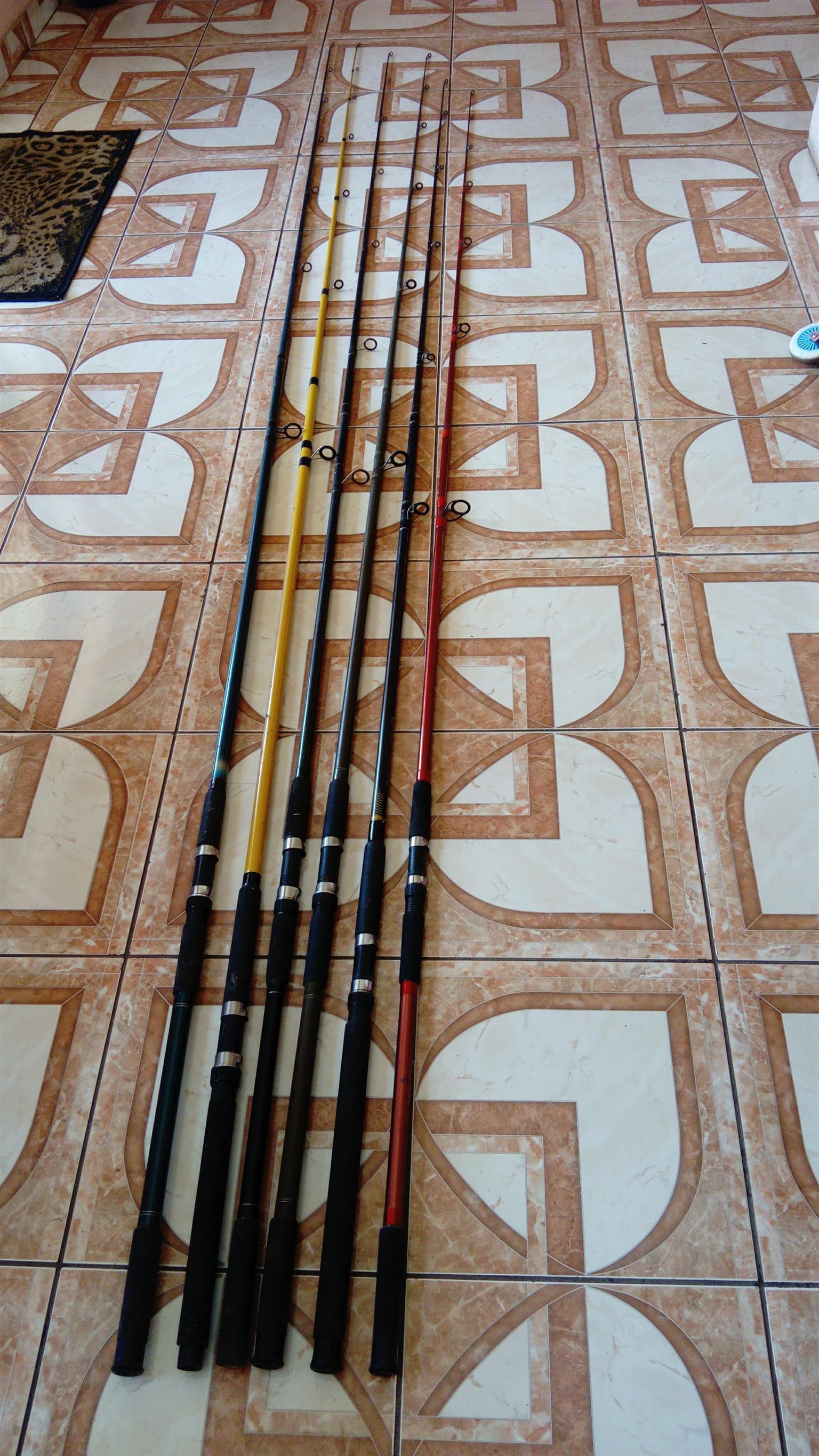 Fishing rod with reel per set view in heuweloord