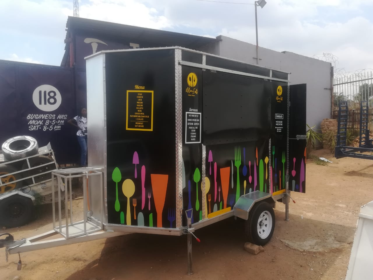 Trailored food  festival mobile kitchens with best price