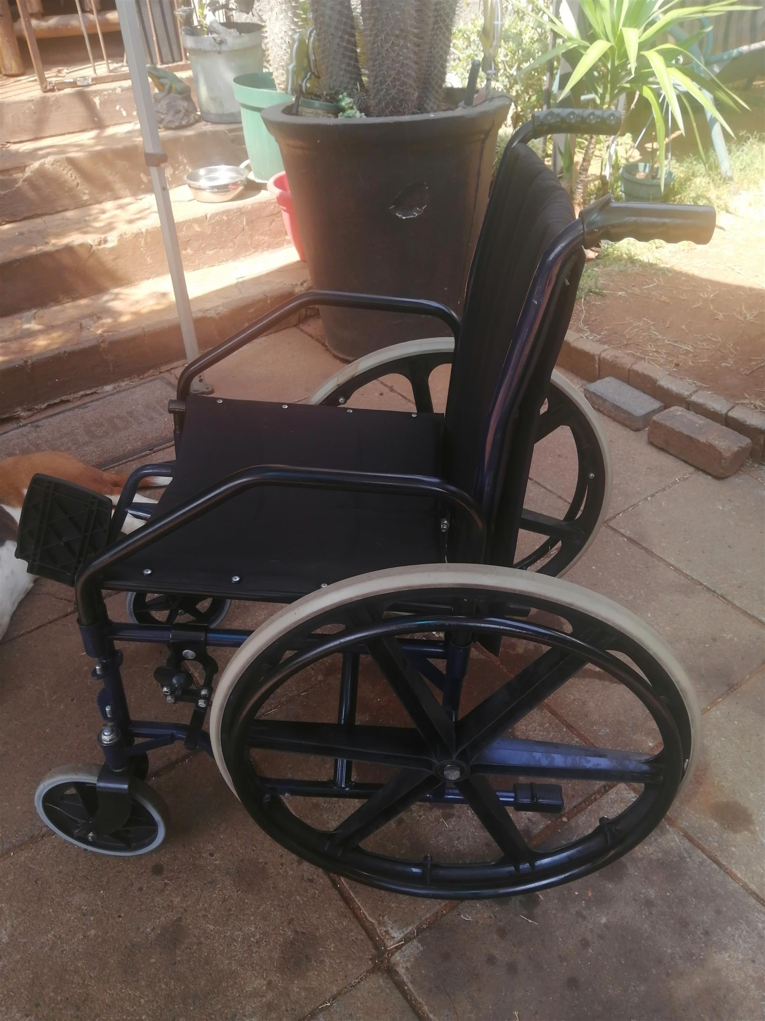 Weel chair for adult