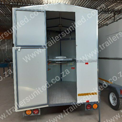 2.4 mtr mobile kitchen food trailer