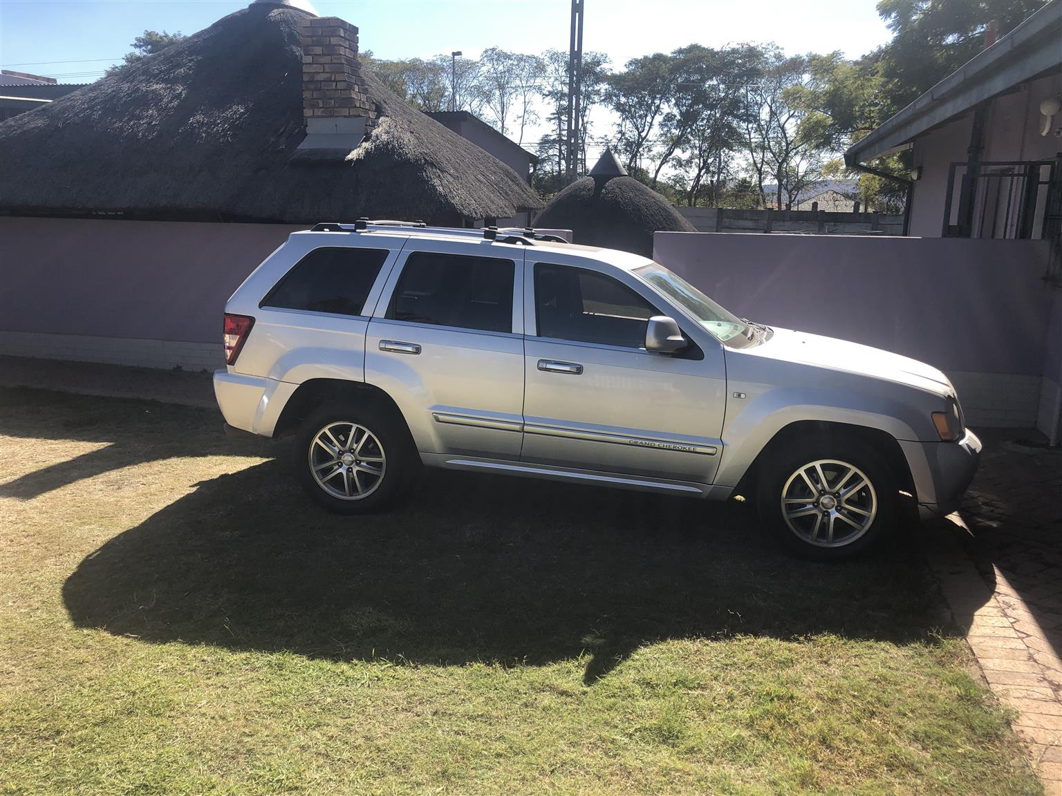 2010 Jeep Grand Cherokee 5 7l Overland Off Road Adventure Ii Junk Mail