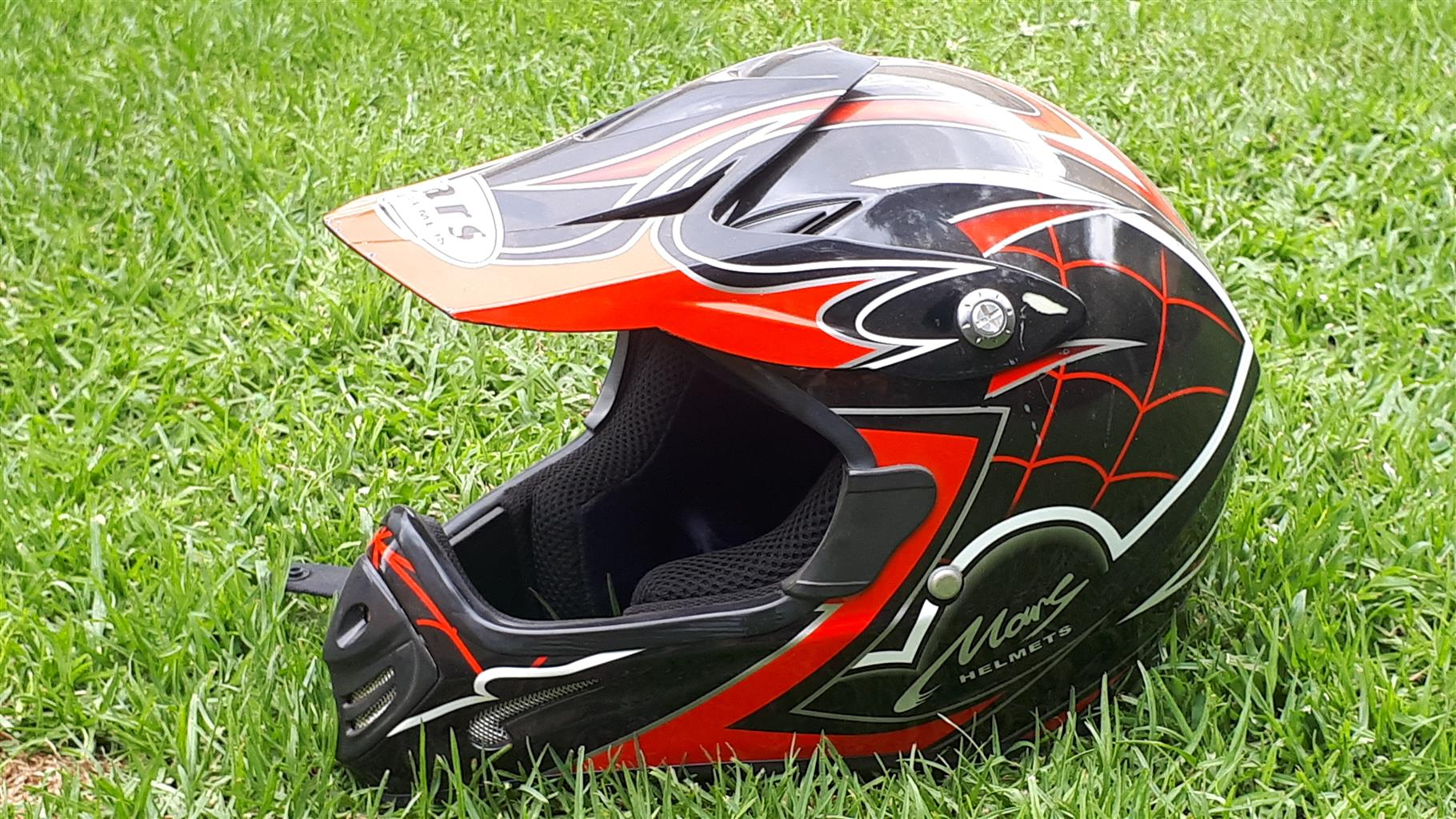 Kids motorcycle helmet