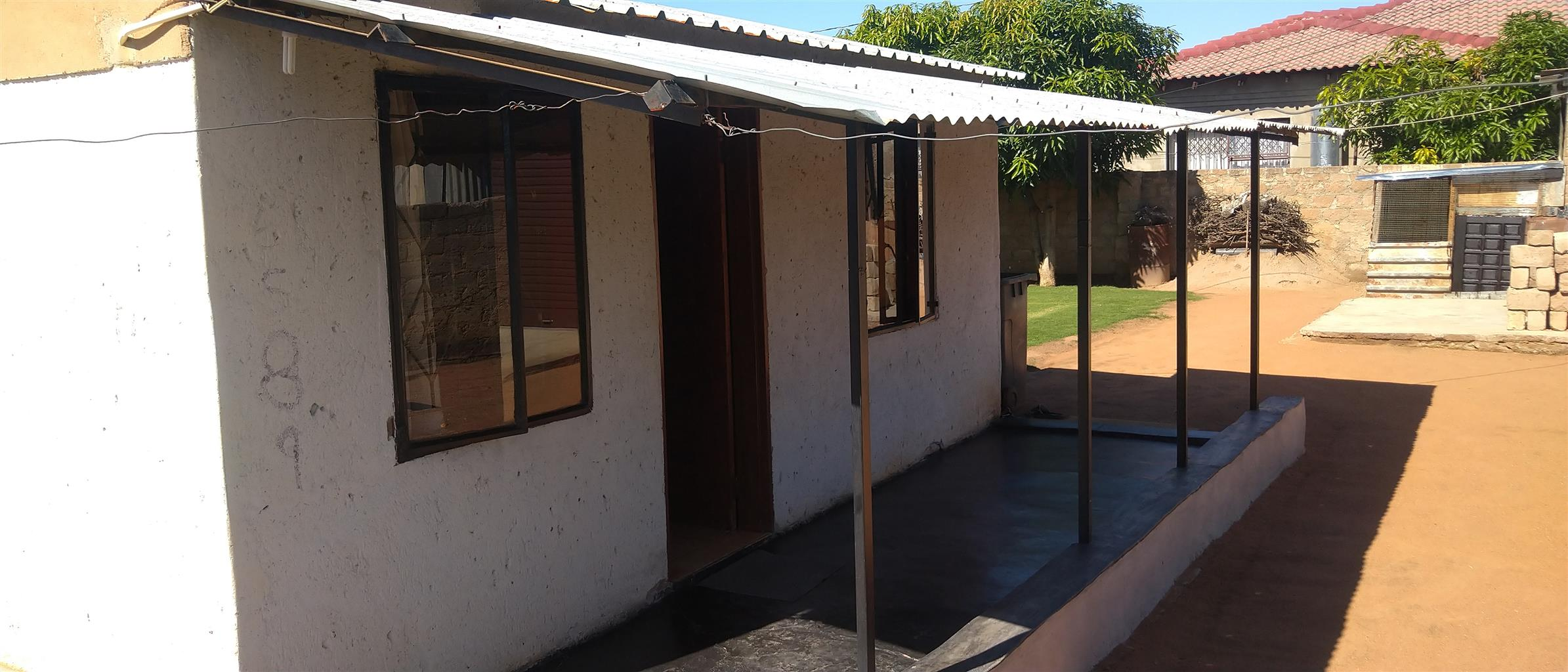 Reduced prece, 1 bedroom house and a garage in temba ext7 hammanskraal close to mall