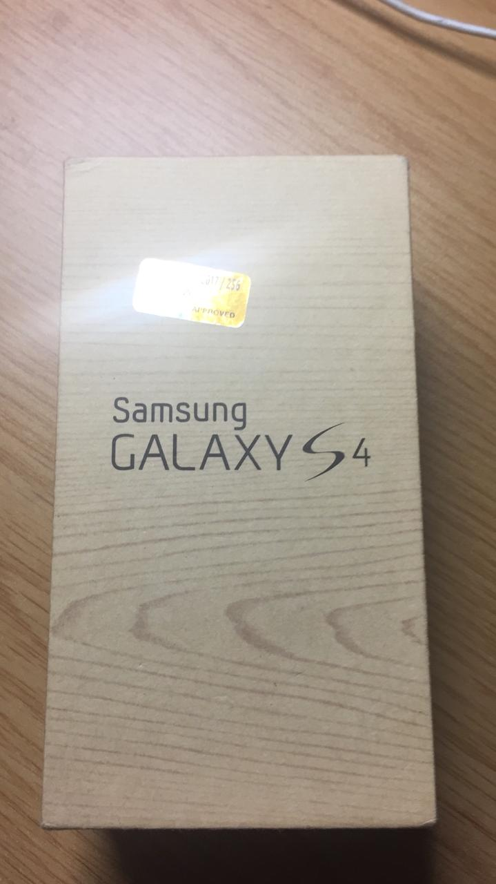 samsung s4 16gb sealed  box