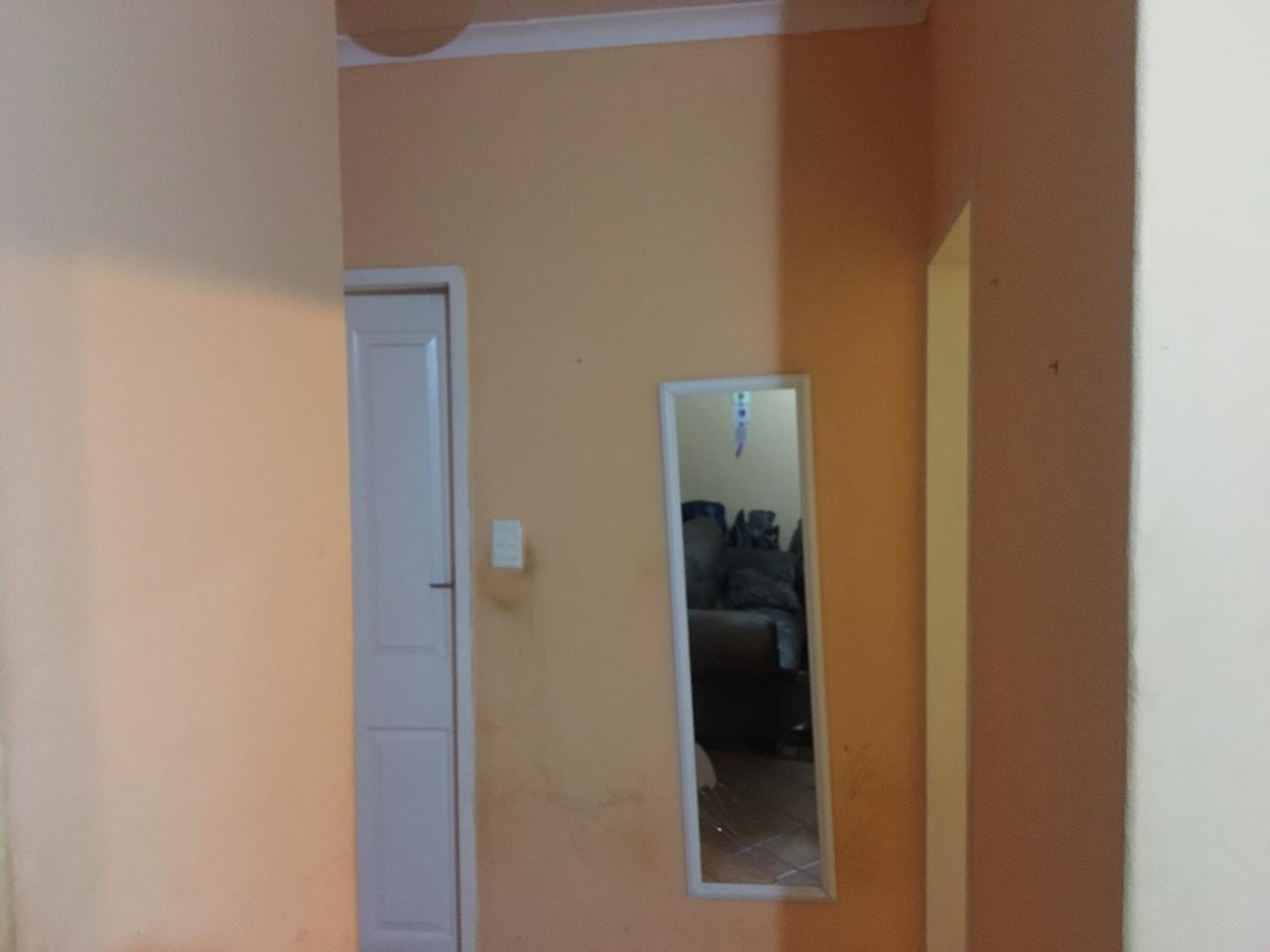 A smart town house to let