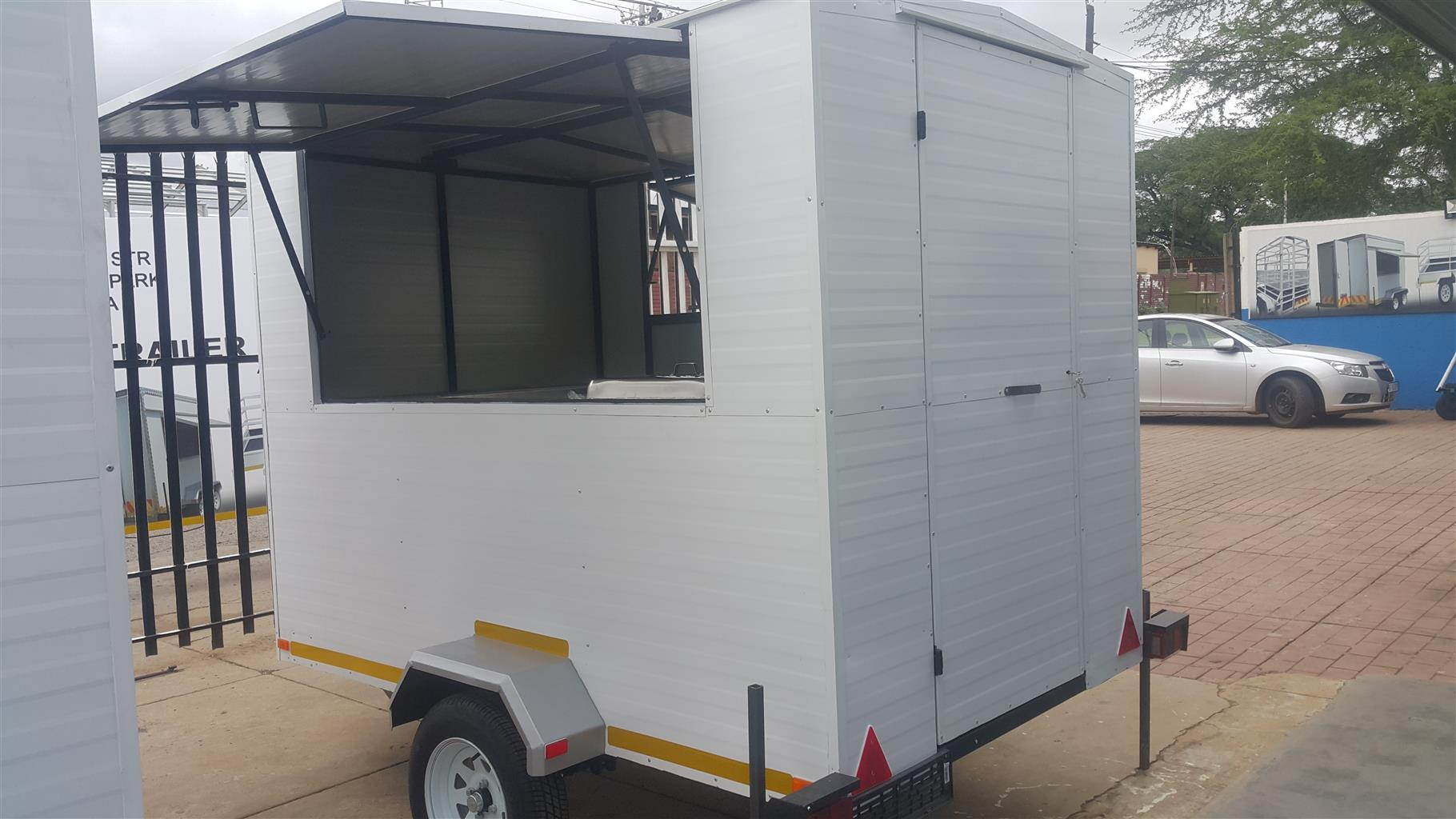 2.5 Mobile Kitchen