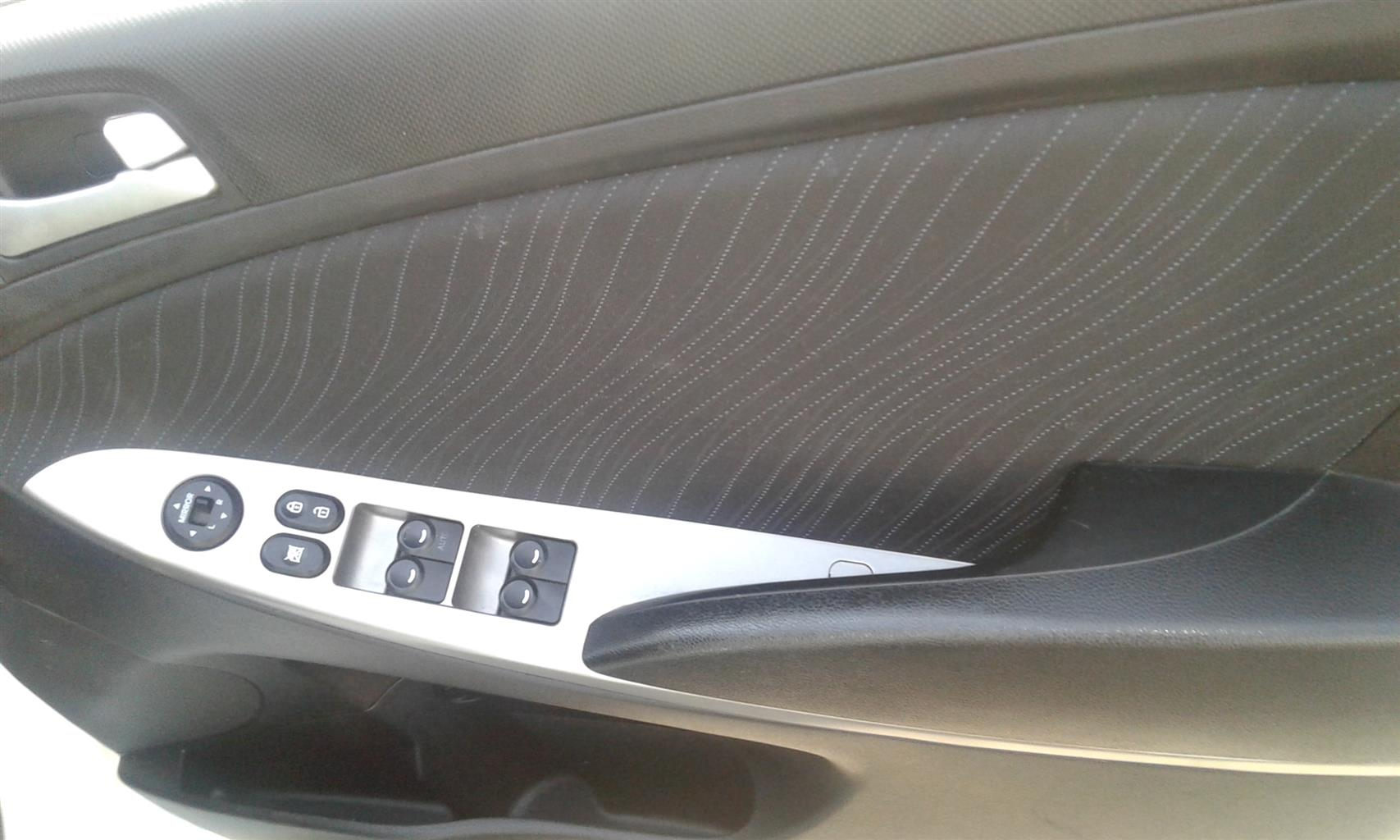 2015 Hyundai Accent 1.6 GL