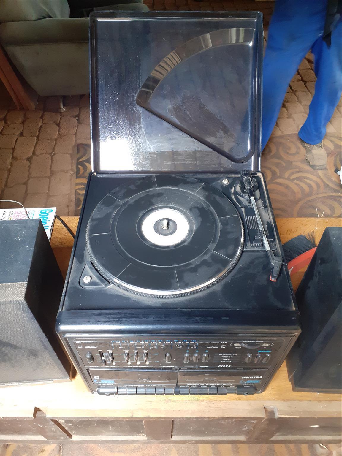 Phillips radio