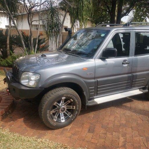 Mahindra Scorpio GLX 2.6 diesel