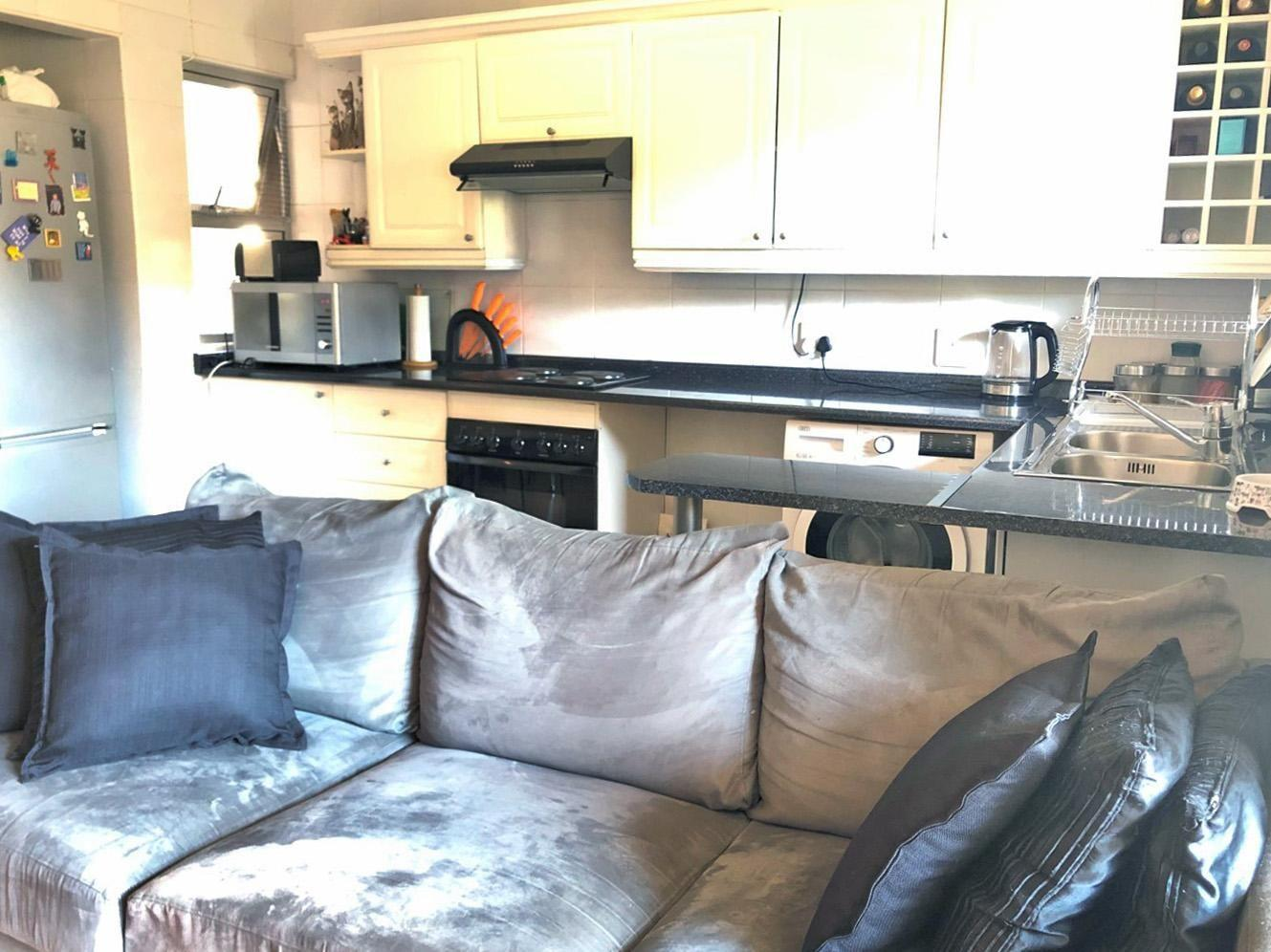 Apartment Rental Monthly in Highlands North