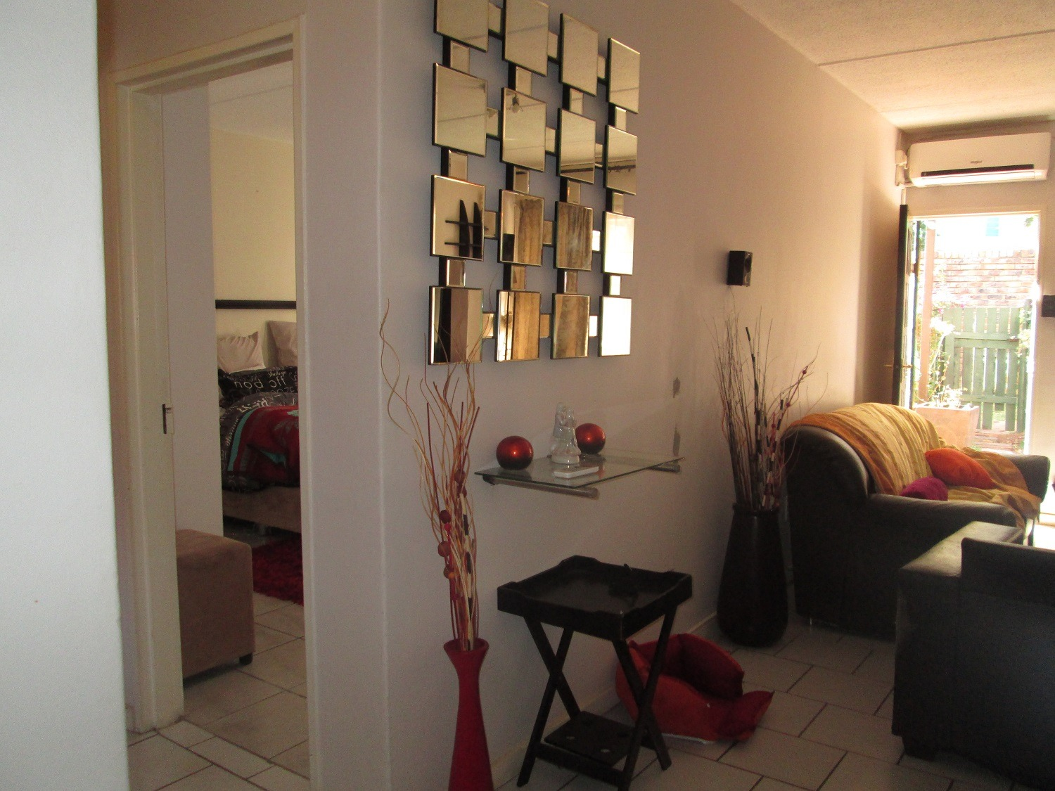 Apartment For Sale in Vorna Valley
