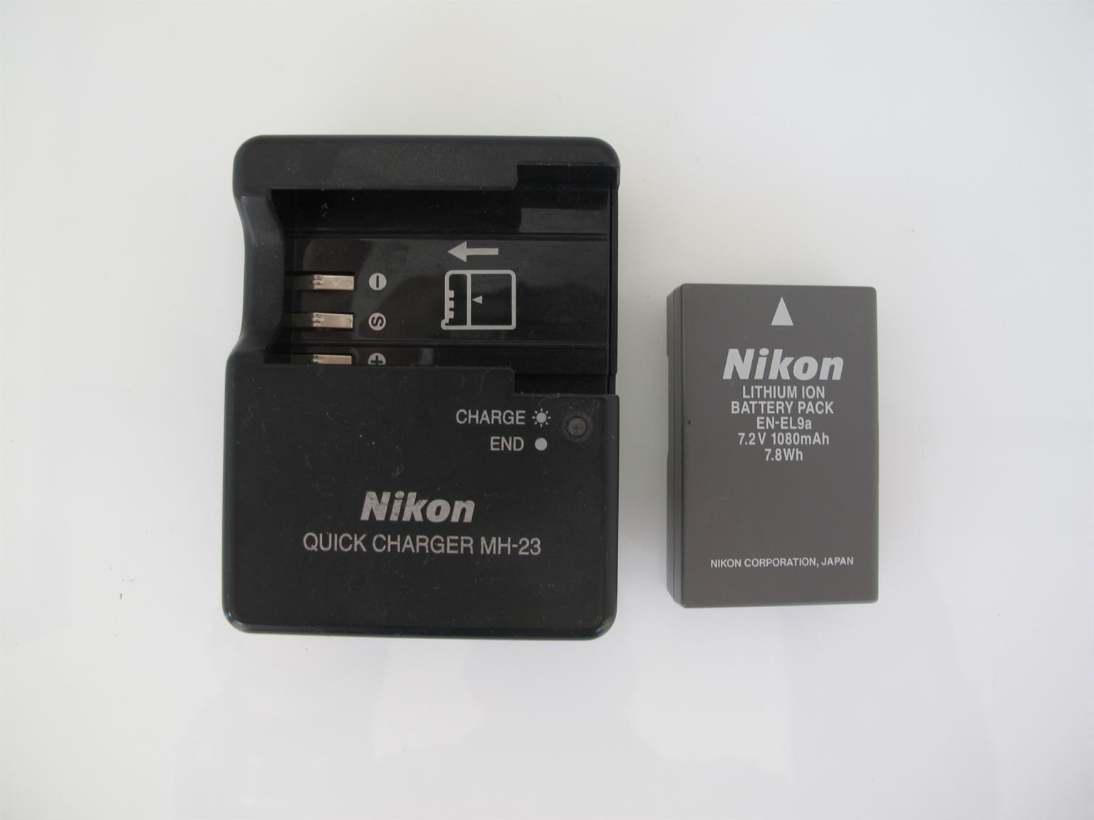 Nikon EN-EL9a fits D5000, D3000, D40, and D60 and Charger