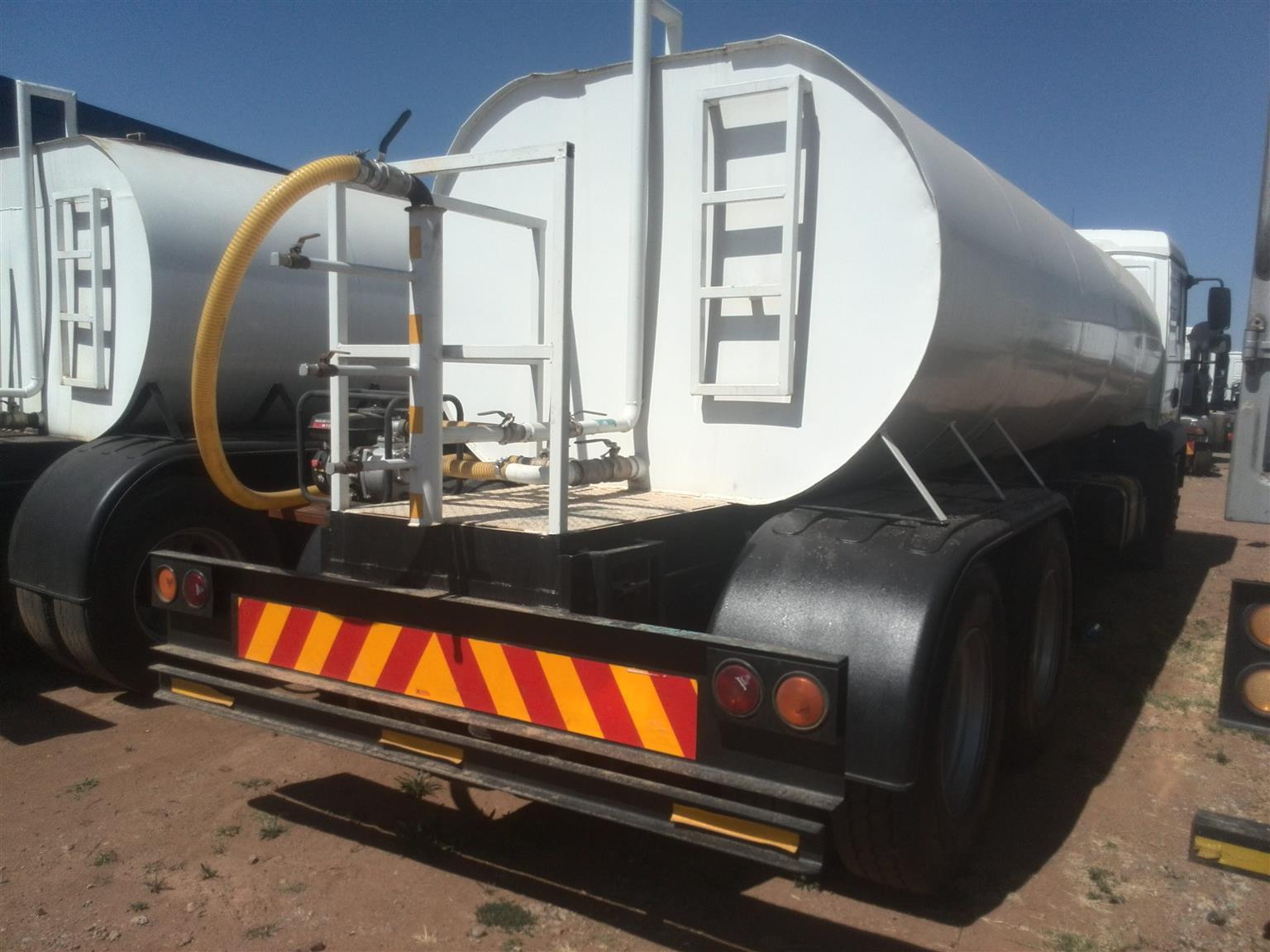 2010 - MAN Water tanker Posted by Lemeshen Pillay UBUNTU Truck Sales