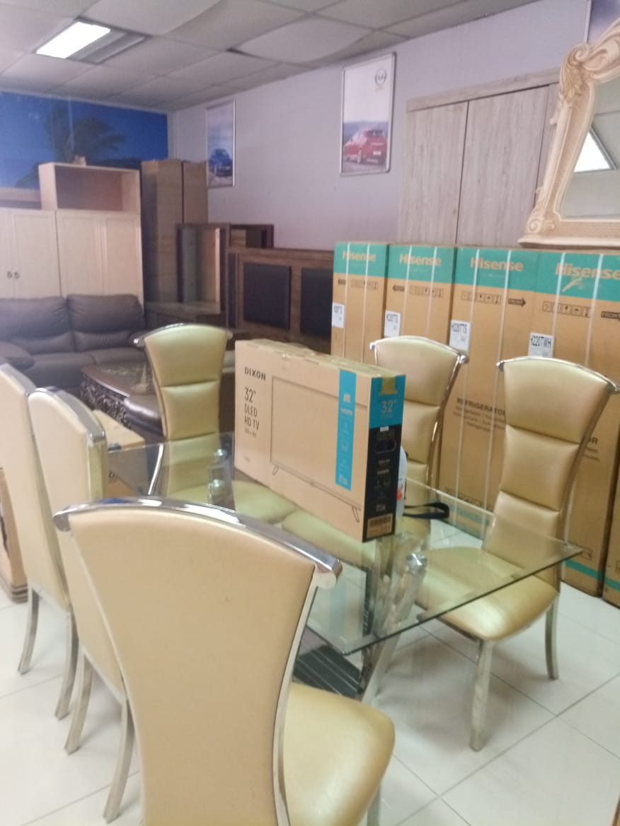Dining room sets on auction