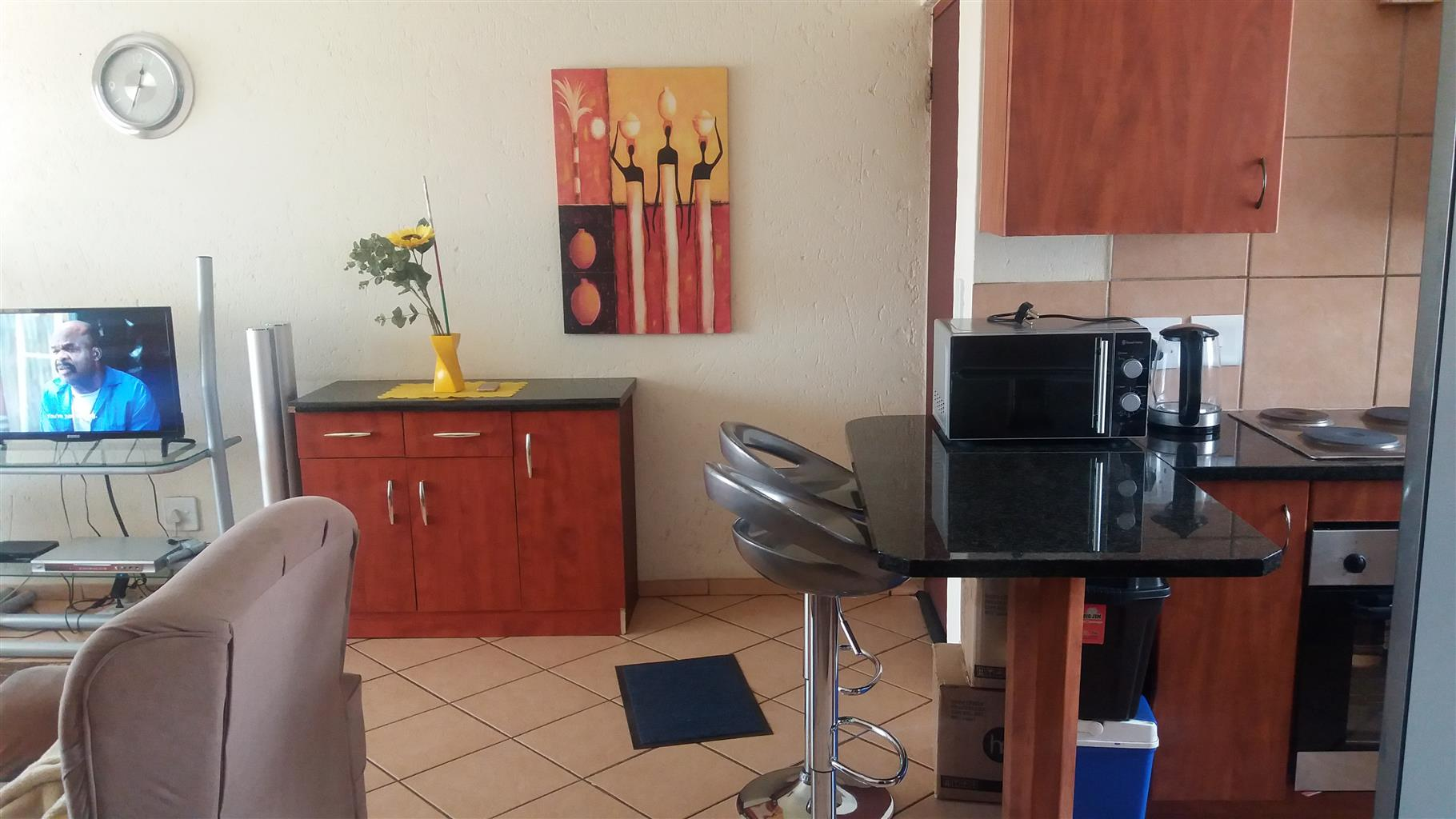One Bedroom is Available to Rent in Roodepoort Next to Westgate Mall