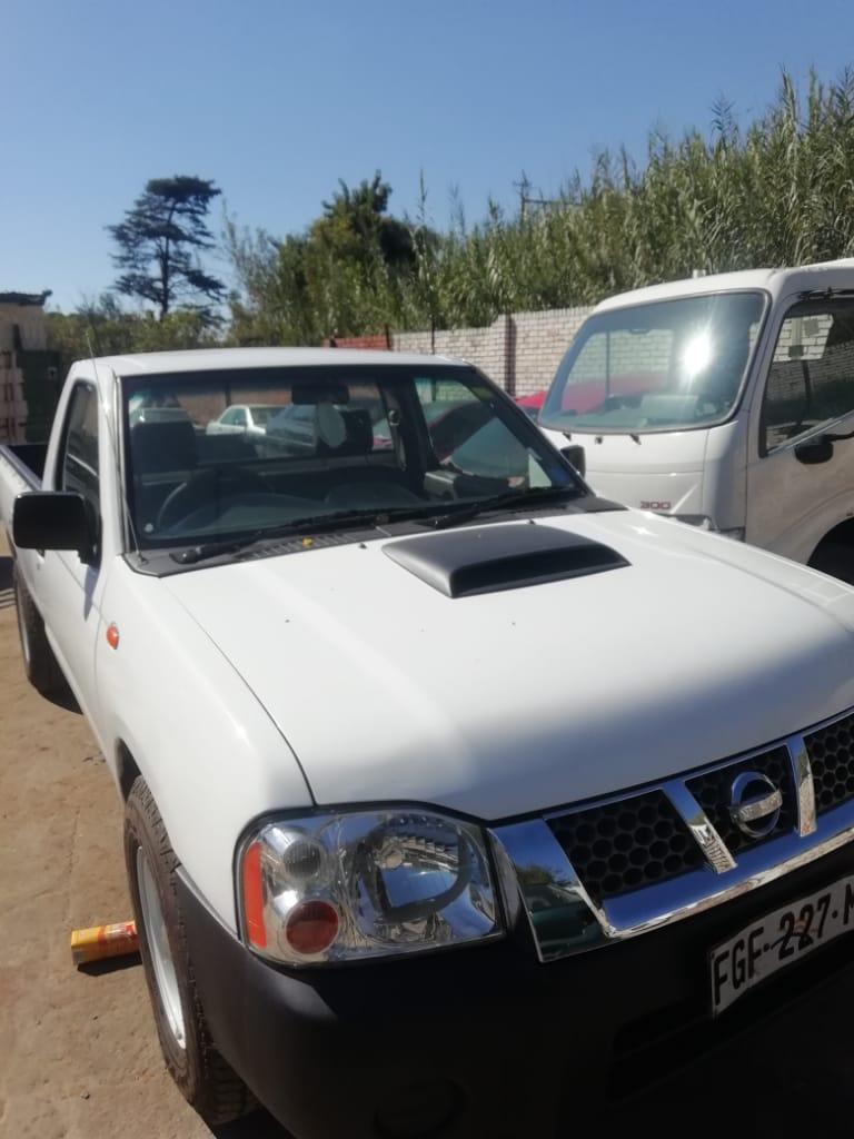 2010 Nissan NP300 Hardbody 2.5TDi double cab