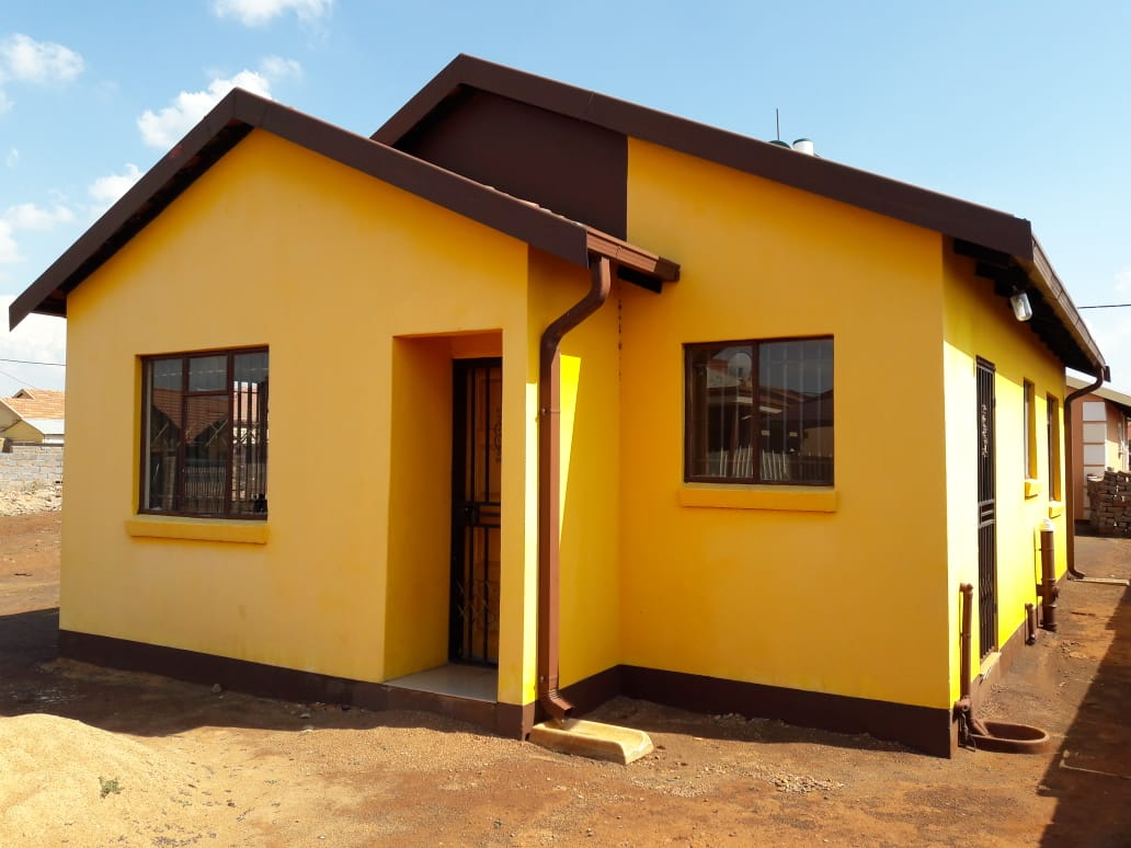 2 BEDROOMS HOUSE FOR SALE GA RANKUWA ZONE 9 R550 000.00