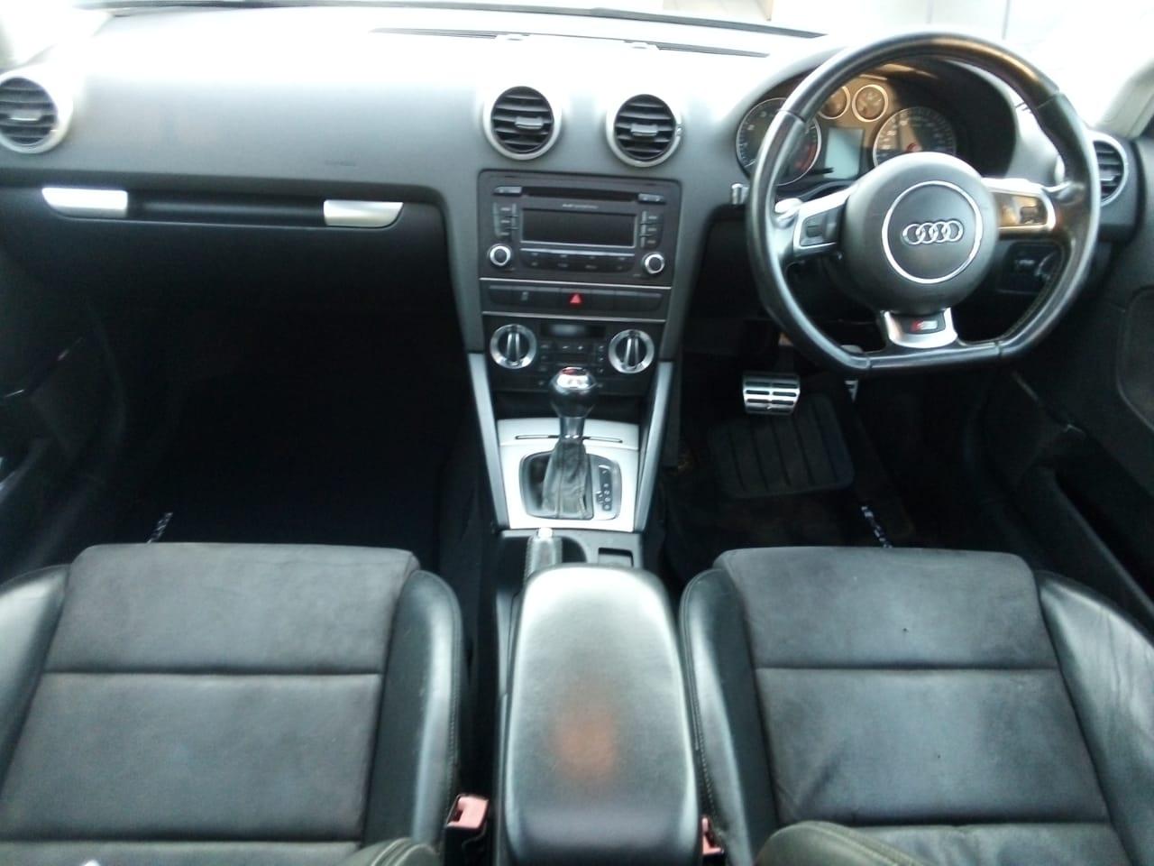 2011 Audi S3 Sportback S3  SPORTBACK STRONIC (228KW)