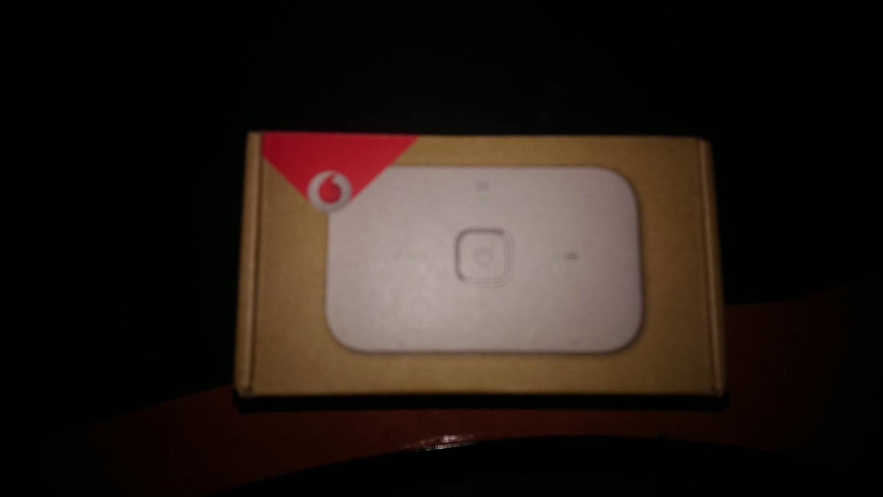 HUAWEI VODAFONE R218H 4G LTE MOBILE WIFI ROUTER (NUUT)