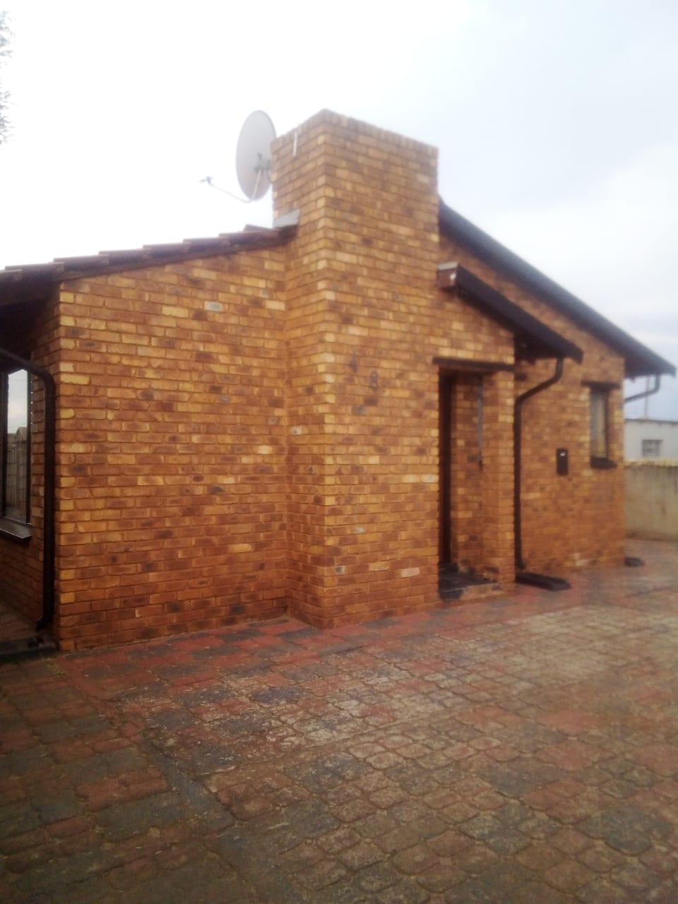 Property for sale in Mabuya Park Vosloorus