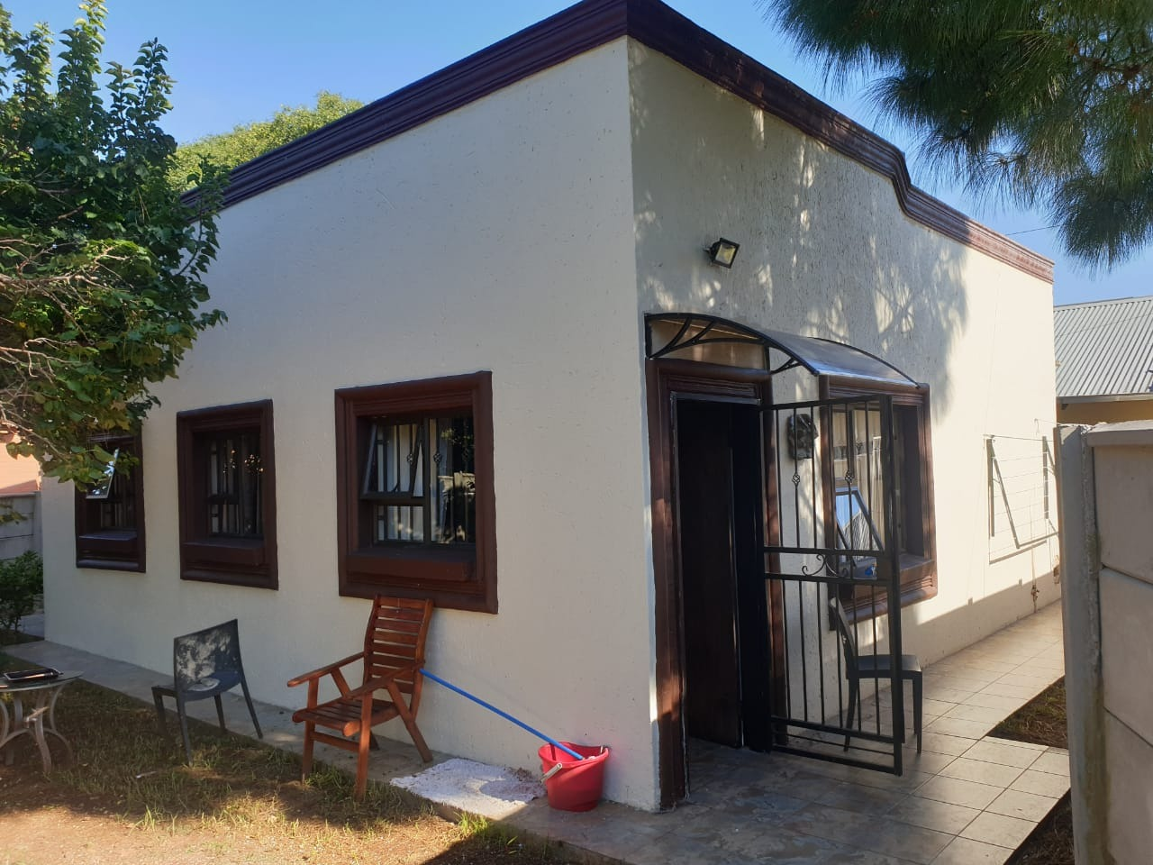 House For Sale in Discovery