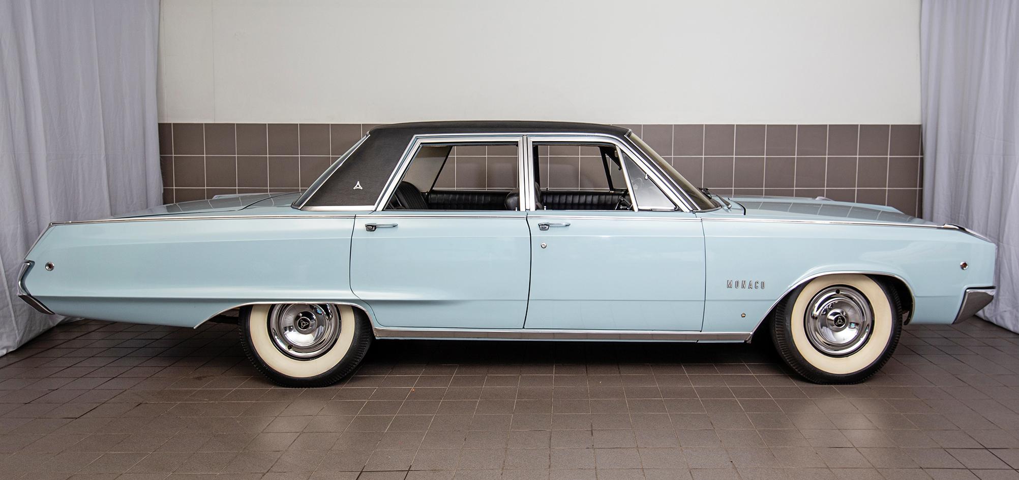 1968 Dodge Manaco