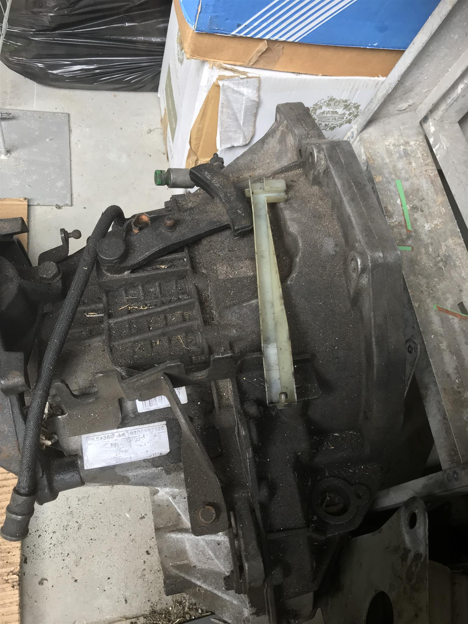 2006 Nissan Interstar DCi engine and gearbox spares