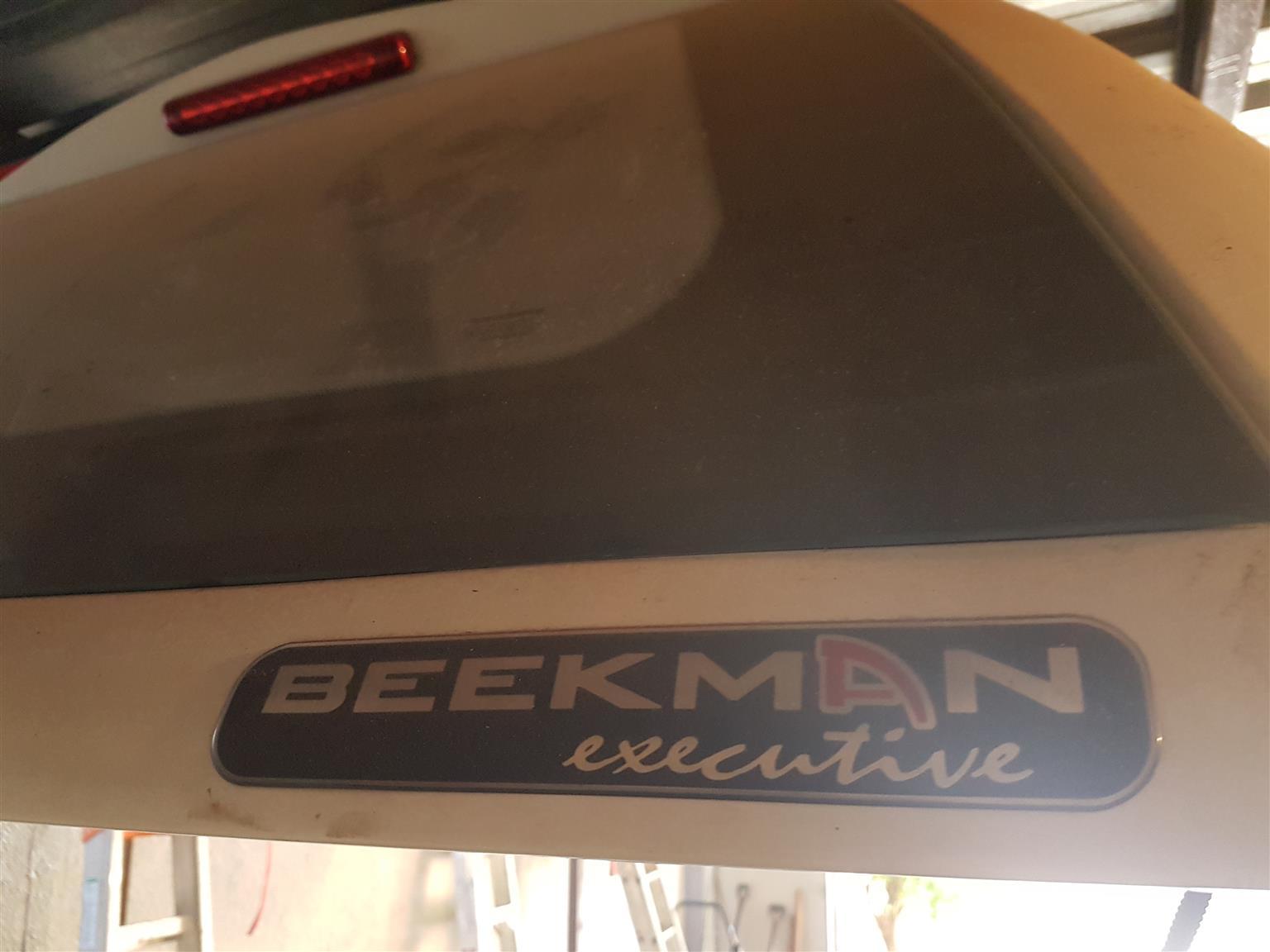 NP200 Beekman Executive Canopy Xmas Special