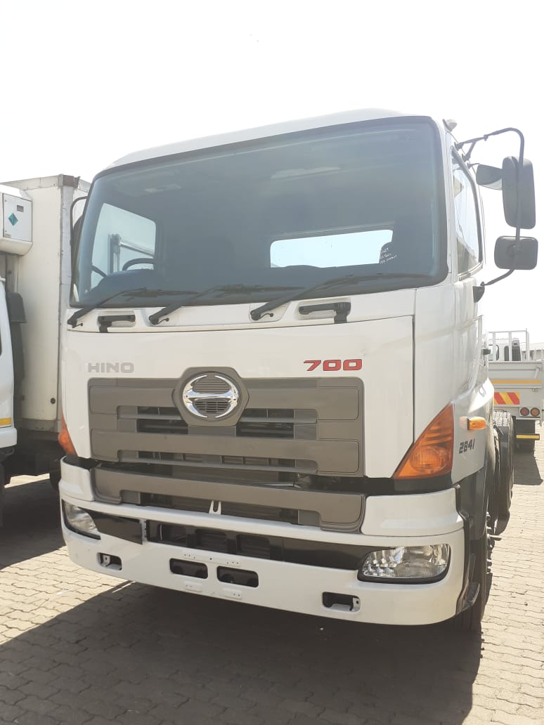 Used 2017 Hino 2841 6x4 for sale