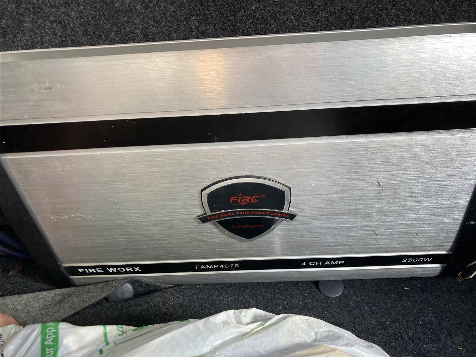 2500 watt fireworx 4ch amp, star sound 4ch class ab amp, 10inch pioneer champion series sub