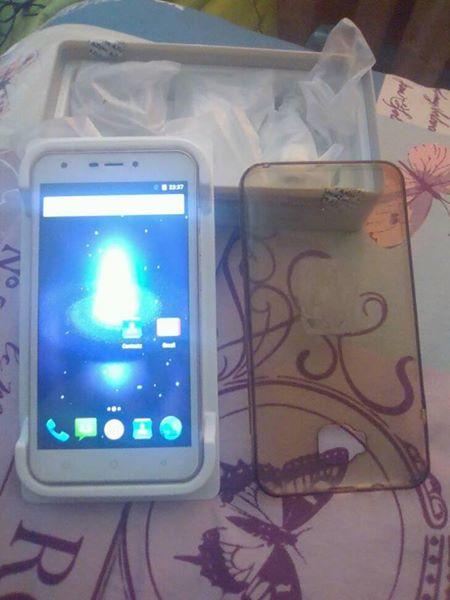 AZUMI 5.5 inch android