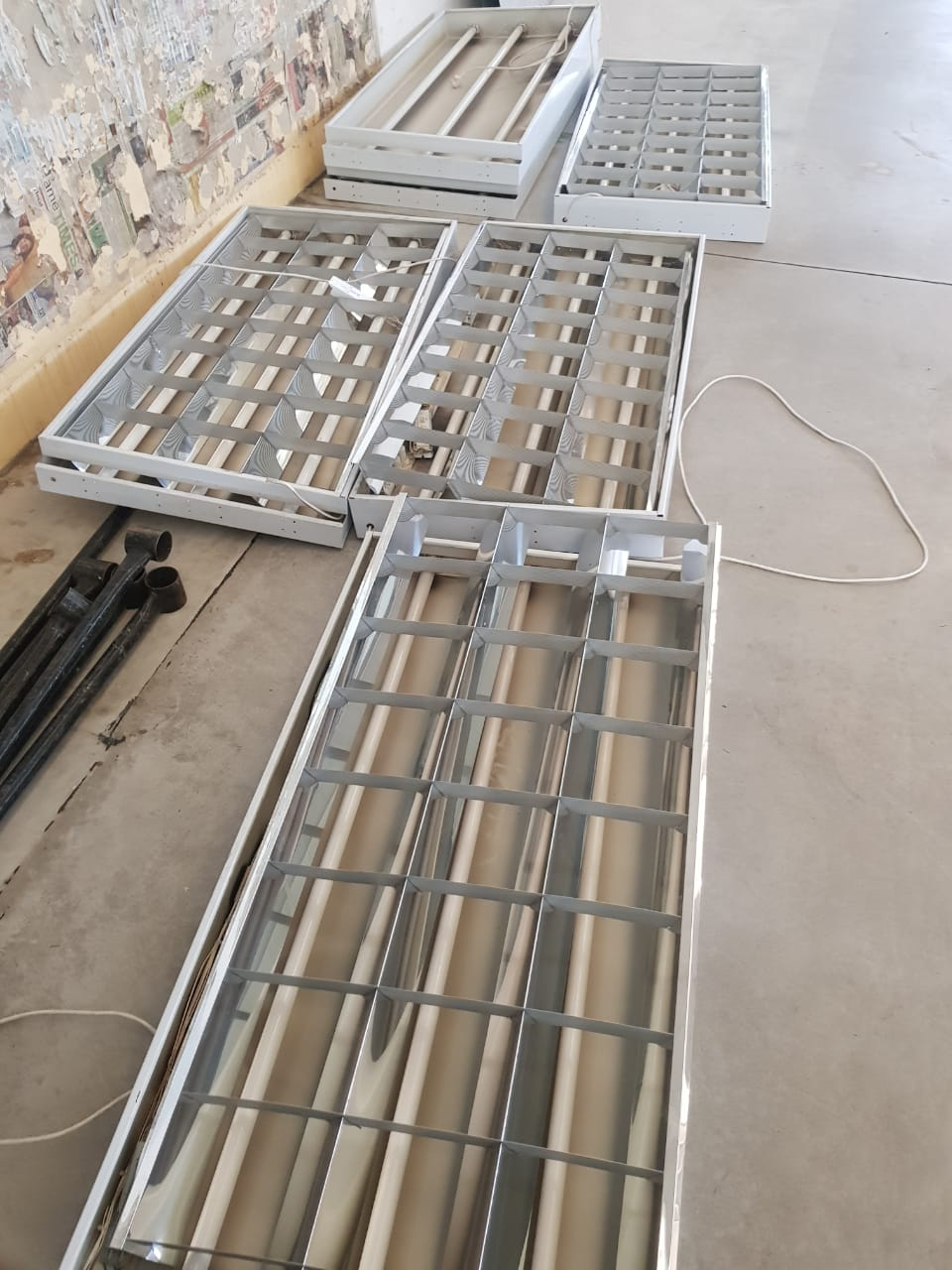 CEILINGS WITH LIGHTING 100SQM @R75 PER SQM FOR SALE