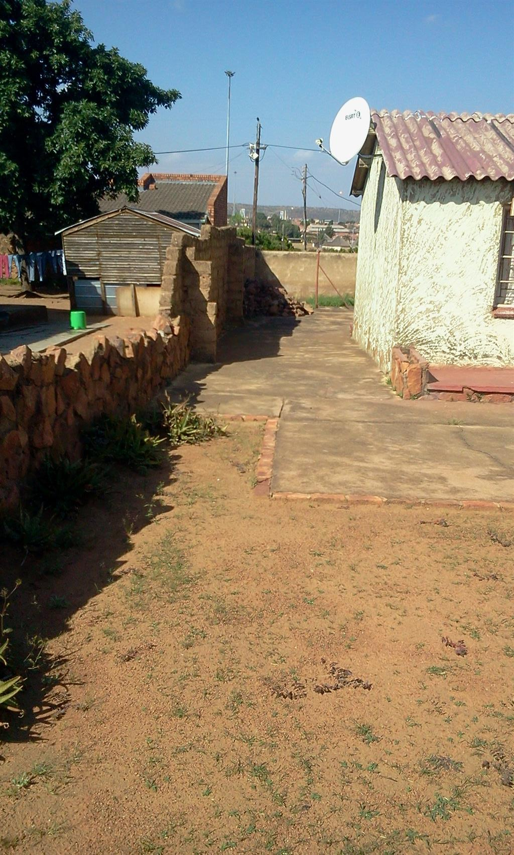 Four room property for sale at Mabopane