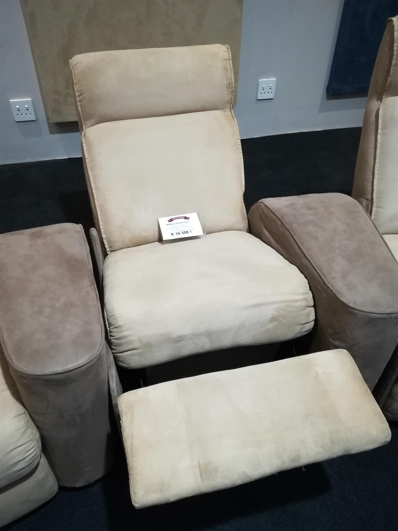 Cinema Seating, recliner foe your Hi Fi room!