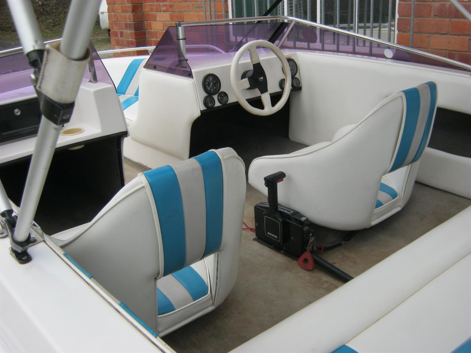 Scimitar 180 B/R with Mercury 200HP EFi Motor