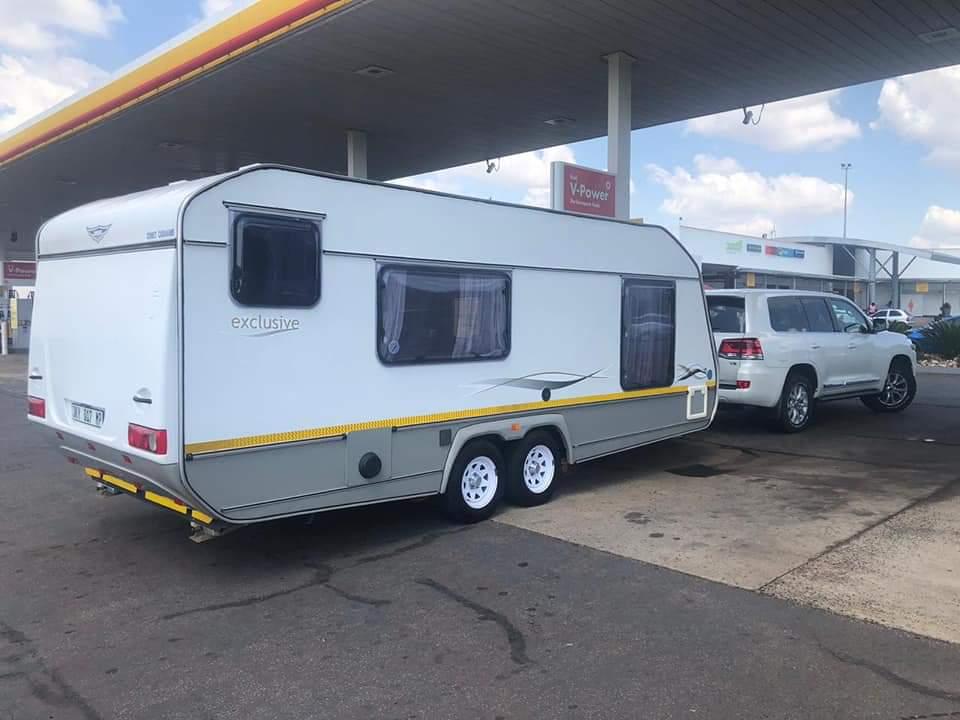 Jurgens Exclusive Double Axle Caravan