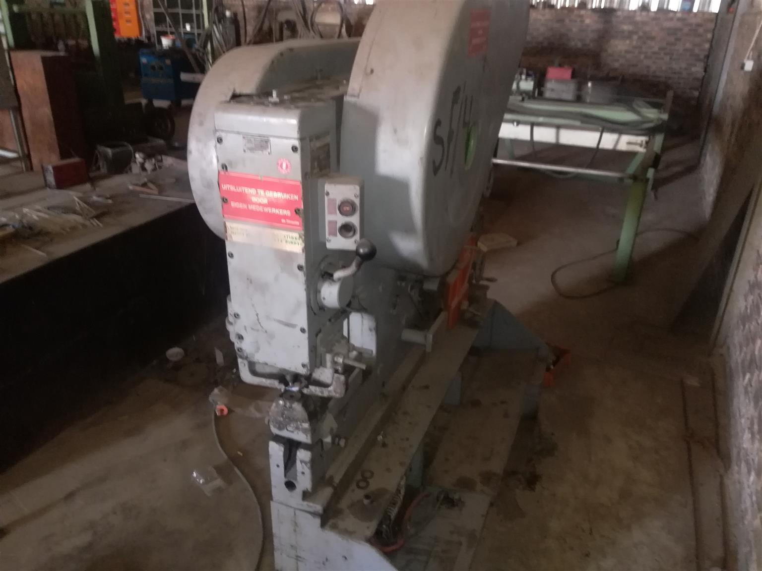 Mubea KBL-13 MECHANICAL PUNCH MACHINE