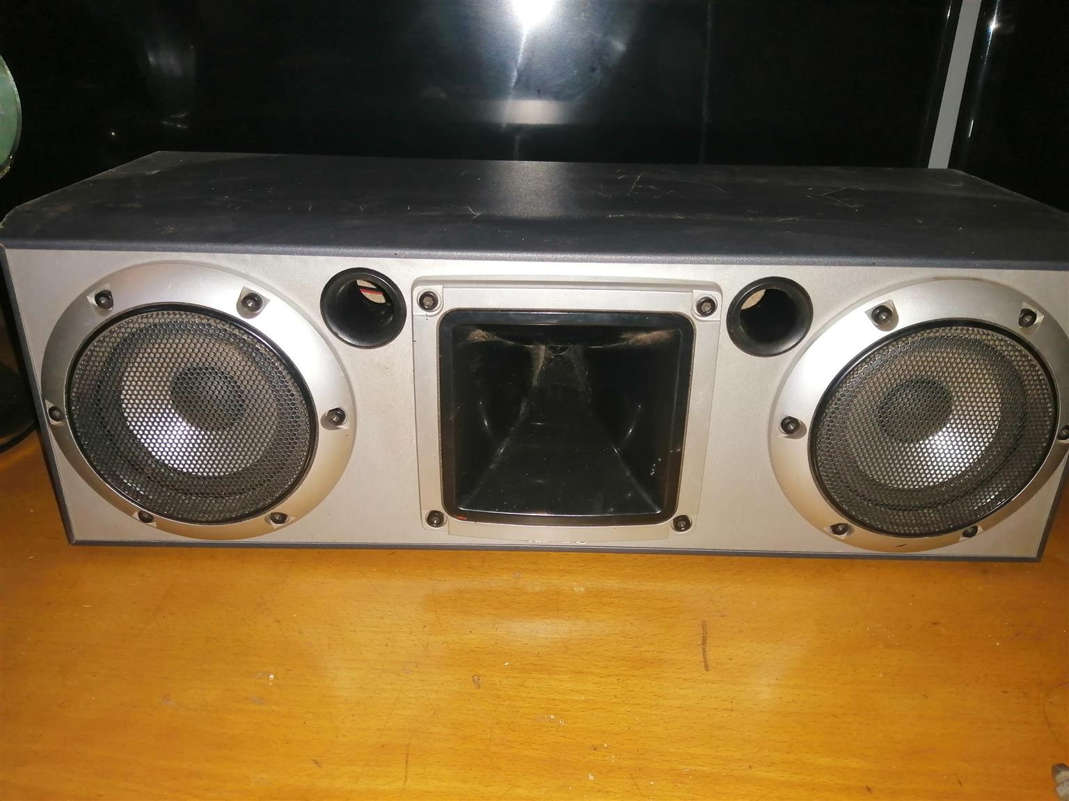 Swop Sony home 5heatet system speakers for car sound