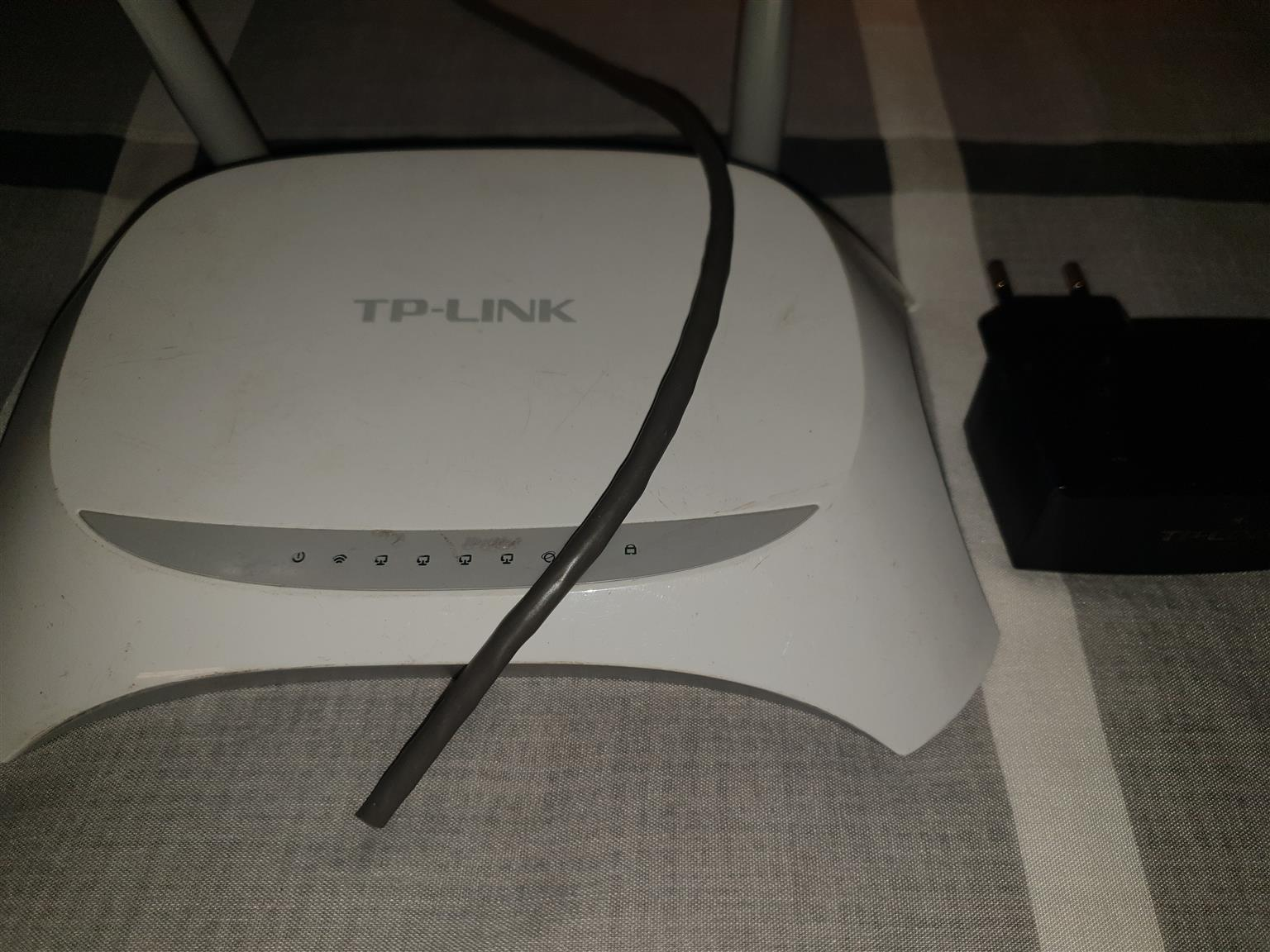 CCTV Infrared Camera x 2 + 3G wiring + TP link + black box