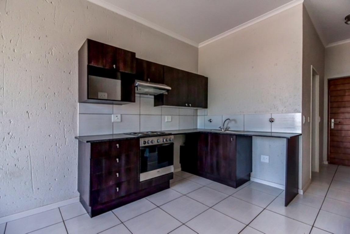 Apartment For Sale in Paulshof